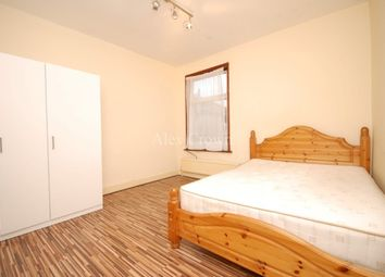 Thumbnail 6 bed terraced house to rent in Marlborough Road, London