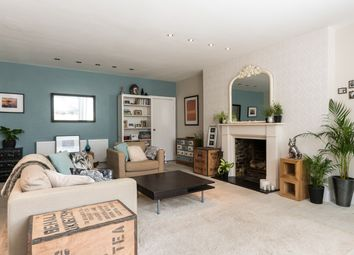 Thumbnail 1 bed flat for sale in Second Avenue, Hove