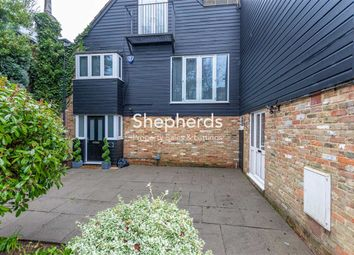 Thumbnail 2 bedroom maisonette to rent in Church Court, Churchfields, Broxbourne, Hertfordshire