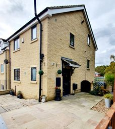 3 bed detached house for sale in Park Road, Worsbrough, Barnsley S70
