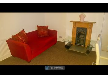 Thumbnail 3 bed flat to rent in Finchley Central, London