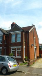 Thumbnail 2 bed flat to rent in Charlton Road, Shirley, Southampton
