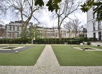 Thumbnail 2 bed flat to rent in Craven Hill Gardens, London
