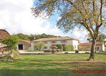 Thumbnail 11 bed farmhouse for sale in Genouillé, Vienne, 86250, France