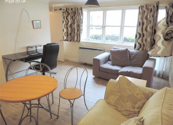 Thumbnail 1 bed flat to rent in Rotherhithe Street, Rotherhithe, London