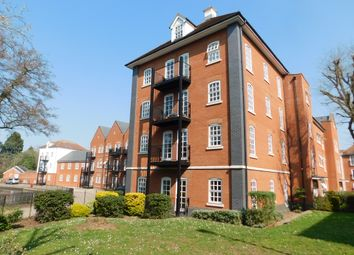 2 bed flat to rent in Waterside Lane, Colchester CO2