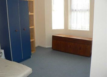 Thumbnail 1 bed flat to rent in The Acorns, Luton, Bedfordshire