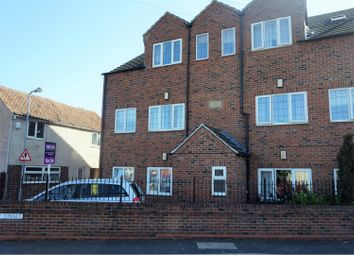 Thumbnail 2 bed flat for sale in Elton Street, Grantham