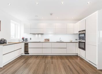 3 bed flat to rent in Olympic Park Avenue, Stratford, London E20