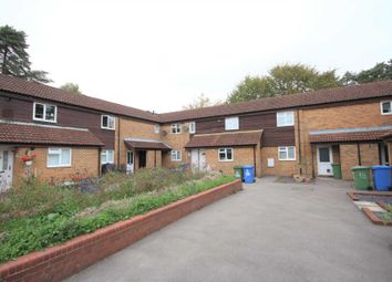 Thumbnail Flat to rent in Nettlecombe, Bracknell