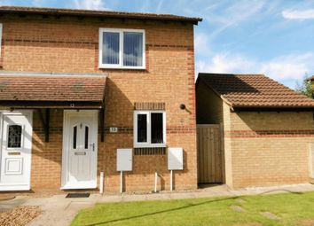 2 bed property to rent in Honeysuckle Close, Bicester OX26