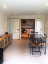 Thumbnail 2 bed flat to rent in Queen Street, Southsea