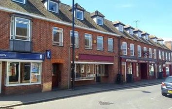 Thumbnail Retail premises to let in 6 High Street, Thatcham, Berkshire