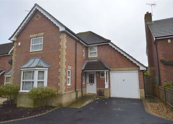 Thumbnail 2 bed detached house to rent in Snipe Close, Kennington, Ashford