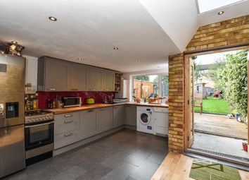 Thumbnail 3 bedroom terraced house for sale in Oakleigh Road North, London, Whetstone N20,
