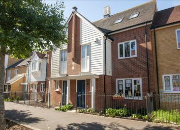 Sir Henry Brackenbury Road, Ashford TN23. 4 bed terraced house