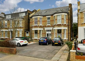 Thumbnail 1 bed flat to rent in The Avenue, Surbiton