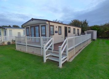 Thumbnail 2 bed mobile/park home for sale in Straight Road, East Bergholt, Colchester
