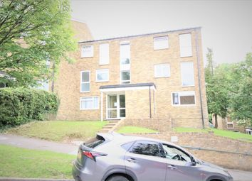 Thumbnail 1 bed flat to rent in Markfield, Croydon