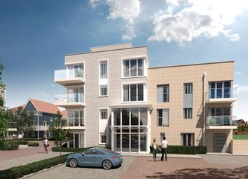 Thumbnail 2 bed flat for sale in Longwater Avenue, Reading