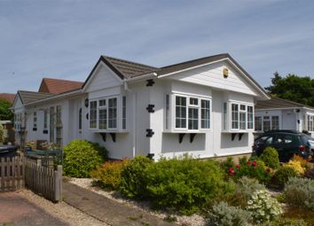 Thumbnail 2 bed mobile/park home for sale in Haysoms Drive, Greenham, Thatcham