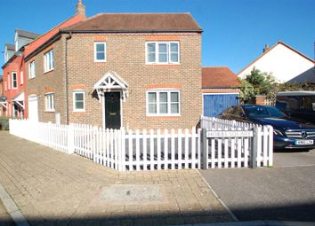 Thumbnail 4 bed link-detached house to rent in Hobbs Square, Petersfield
