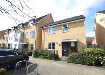Thumbnail 2 bed detached house to rent in Whale Avenue, Reading, Berkshire