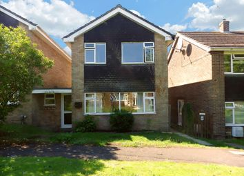 Thumbnail 3 bedroom detached house to rent in Buckingham Road, Swindon, Wiltshire