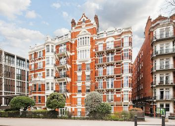 Thumbnail 6 bed flat to rent in Knightsbridge, London