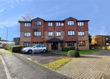 Thumbnail 2 bed flat for sale in Tylersfield, Abbots Langley, Hertfordshire
