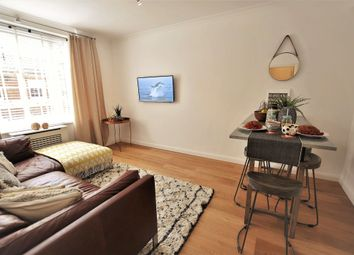 Thumbnail 1 bed flat to rent in Chelsea Manor Street, London, Chelsea