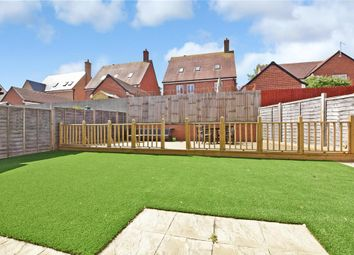 5 bed detached house for sale in Claremont Crescent, Rayleigh, Essex SS6