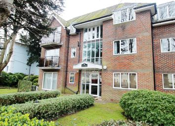 Thumbnail 3 bed flat to rent in St Botolphs Road, Worthing, West Sussex