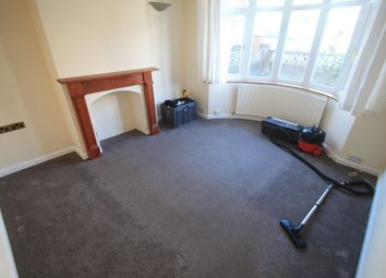 3 bed semi-detached house to rent in Milton Road, Luton LU1