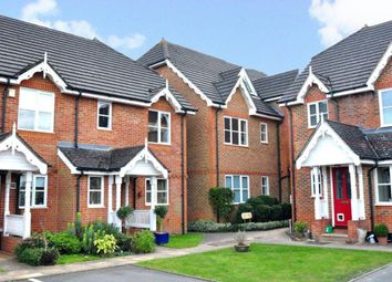 Thumbnail 2 bed property to rent in Alston Gardens, Maidenhead