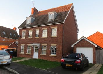 Thumbnail 6 bed detached house to rent in The Runway, Hatfield