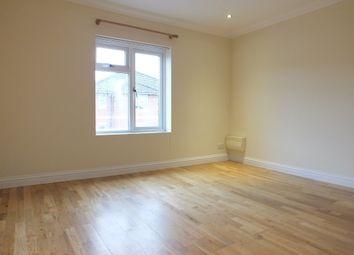 2 bed maisonette to rent in Walton Road, Woking GU21