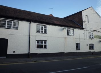 Thumbnail 1 bed flat to rent in West Street, Warwick