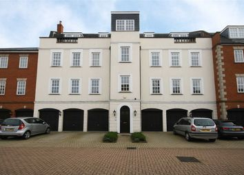 Thumbnail 2 bed flat for sale in Queens Reach, East Molesey