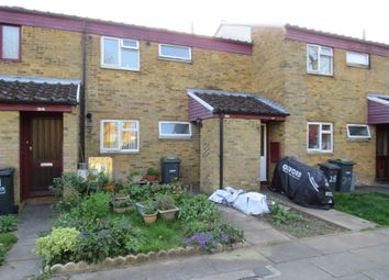 Thumbnail 1 bedroom maisonette for sale in Spear Close, Luton