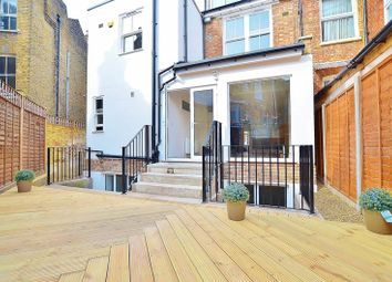 4 bed maisonette to rent in Northwold Road, London E5