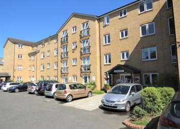 2 bed property for sale in Brocket Road, Hoddesdon EN11