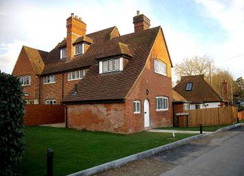 Thumbnail 2 bed property to rent in Lower Road, Effingham, Leatherhead