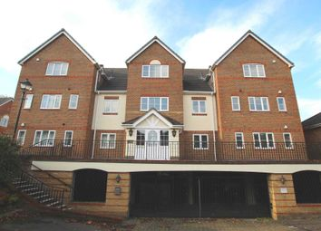 3 bed flat for sale in Tamesis Place, Caversham, Reading RG4