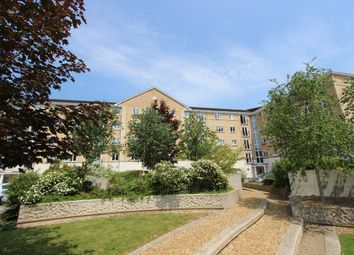 2 bed flat to rent in The Dell, Southampton SO15