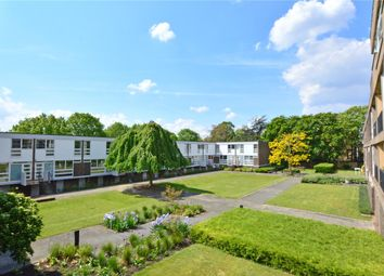 3 bed flat for sale in South Row, Blackheath, London SE3