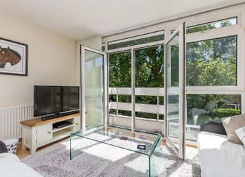 2 bed property to rent in Carlton Drive, Putney SW15