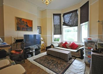 Thumbnail 1 bedroom flat to rent in Castelnau, Barnes