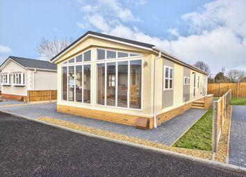 Thumbnail 2 bedroom mobile/park home for sale in The Drift, Elsworth