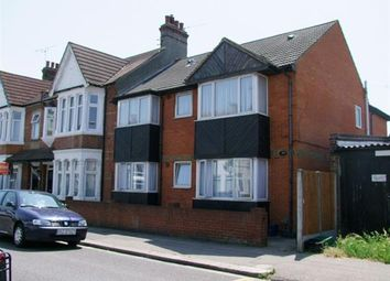 1 bed flat to rent in Westborough Road, Westcliff-On-Sea SS0